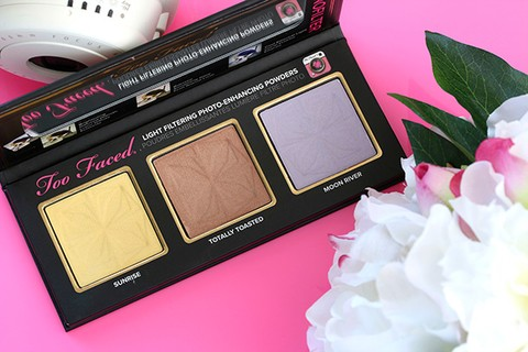Too Faced - Selfie Powders Palette