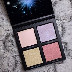Huda Beauty - 3D Highlighter Palette Winter Solstice - comprar online