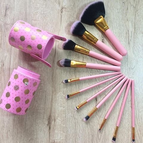 BH Cosmetics - Dot Collection 11 Piece Brush Set Pink