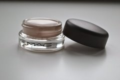 Mac Cosmetics - Pro Longwear Paint Pot Painterly