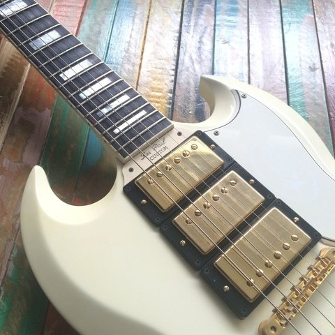 Les Paul Custom SG Reissue Classic White en internet