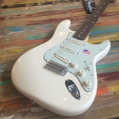 American Vintage´62 Stratocaster Olympic White - comprar online