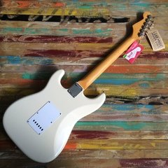 Vintage Hot Rod ´62 Stratocaster Olympic White - Lead Music Private Stock