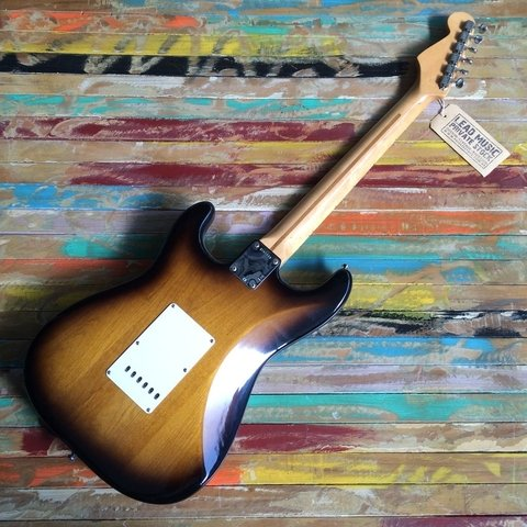 Vintage Hot Rod ´57 Stratocaster - Lead Music Private Stock