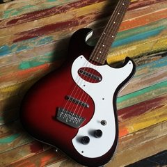 Danelectro 63 Red Sparkle en internet