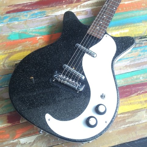 Danelectro 59 Black Metal Flakes en internet