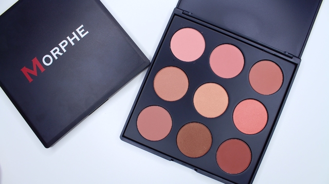 Morphe Brushes - 9N - THE NATURALLY BLUSHED PALETTE