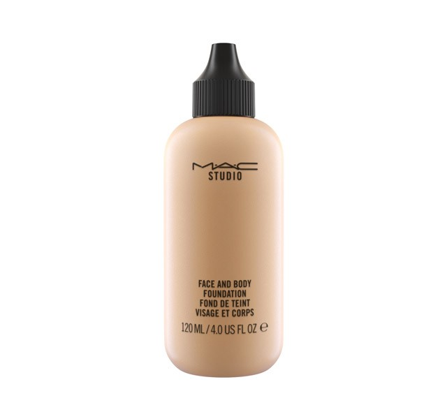 MAC Studio Face & Body Foundation C3 120 ML - comprar online