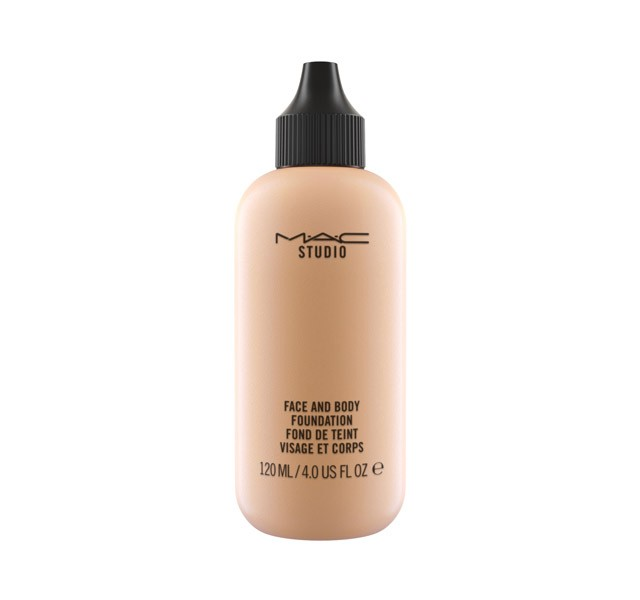 MAC Studio Face & Body Foundation C2 120 ML