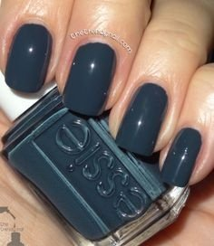 Essie nail polish - Mind your Mittens