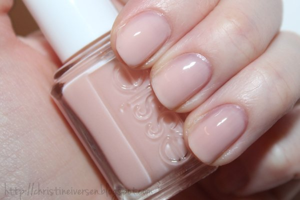 Essie Nail Polish -Sugar Daddy