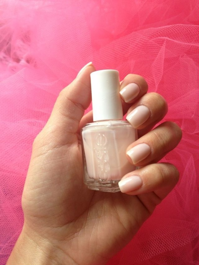 Essie Nail Polish - Hi Maintenance