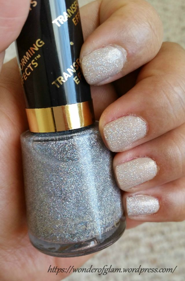 Revlon Transforming Effects – Holographic Pearls(765)