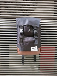 Mochila DustSupply based negra PortaNotebook - SamoaShop