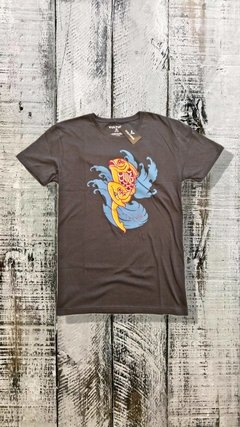 Remera Vulture Cloth Koi
