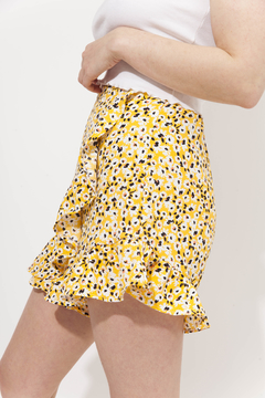 SKORT OHIO AMARILLO en internet