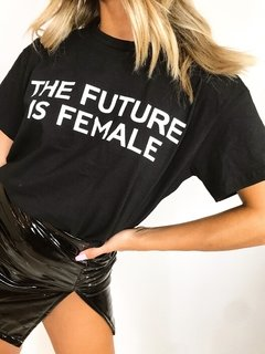REME FUTURE FEMALE NEGRA en internet