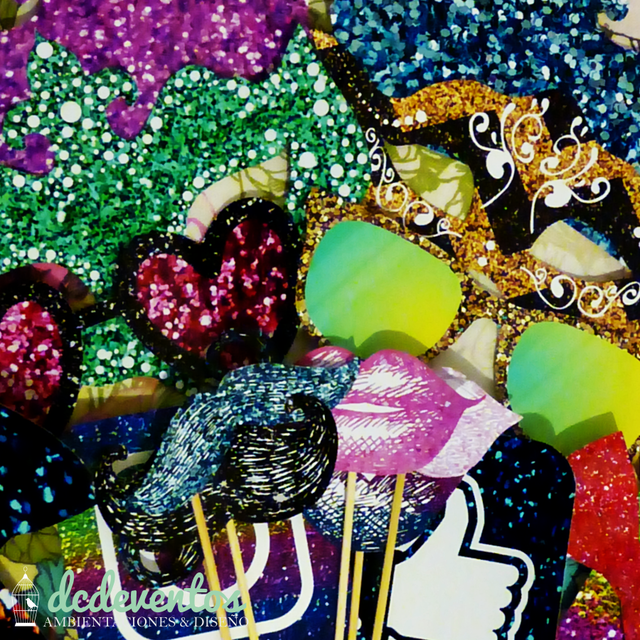 Kit para Photobooth glitter glam 15 años en internet