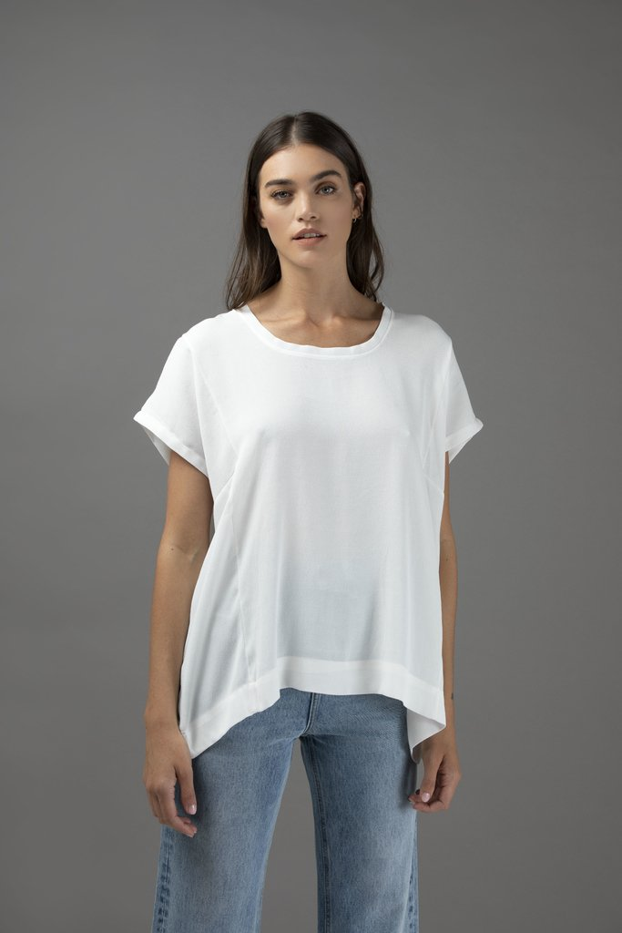 NEW IN • Top Nieve