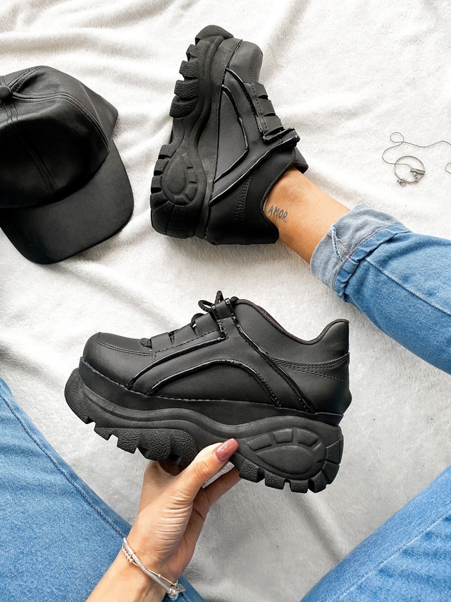 Safari All Black (copia)