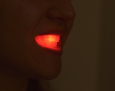 DIENTES BUCAL LUMINOSO LED