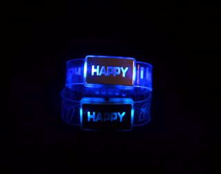 PULSERA BRAZALETE HAPPY LED en internet