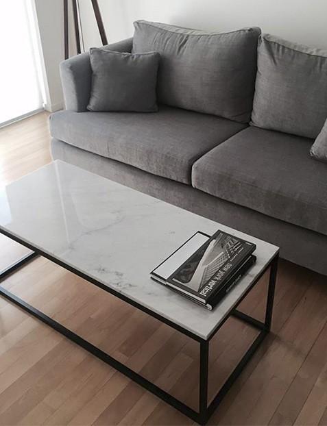 Mesa ratona hierro y marmol for Mesas de living