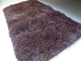 SHAGGY BROWN TABLERUNNER  3.28 feet x 60cm on internet