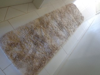 SHAGGY DAPPLE BEIGE TABLERUNNER 6.56 x 1.97 Feet