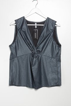 B866 Syes, Blusa musculosa nudo central, Talles grandes - SYES | Mayorista