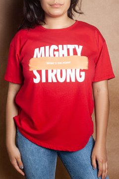 R1146/2 Syes, Remera escote manga caidados estampas Mighty Strong, Talles grandes