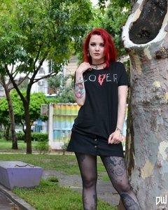 Remera LOVER en internet