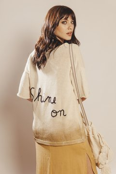 Remera Sweater Shine On