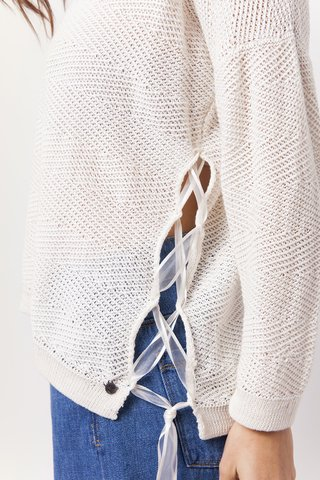 Sweater Peaceful en internet
