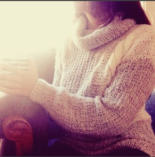Sweater Wanderlust en internet