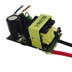 Fuente Switching 220 Cc 700ma 3-4v 3w