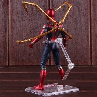 Action Figure Iron-Spider na internet
