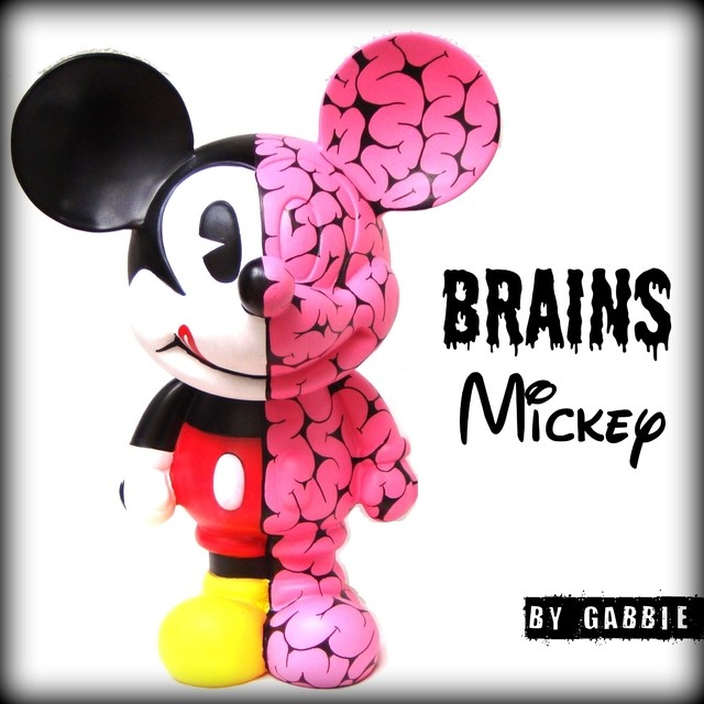 Brains Half Mickey Art Toy - comprar online