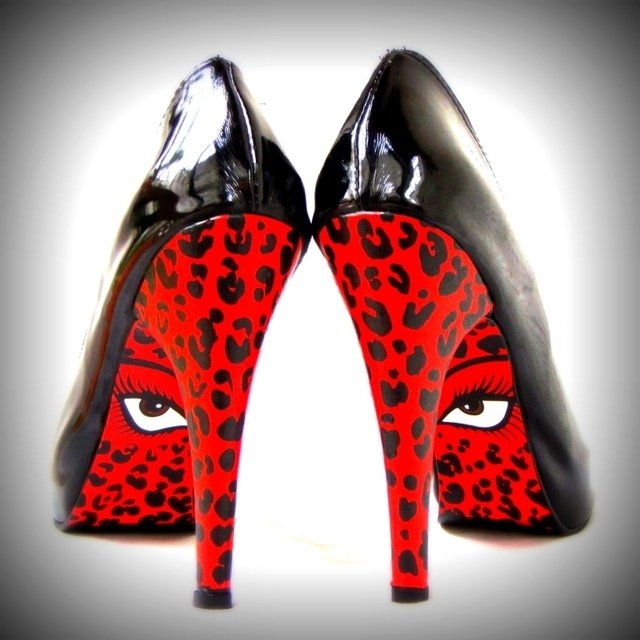 Red Eyes Stilettos - comprar online