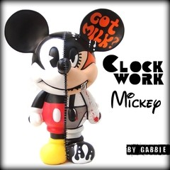 Clockwork Half Mickey Art Toy - comprar online