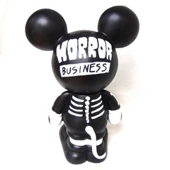Misfits Mickey Art Toy en internet