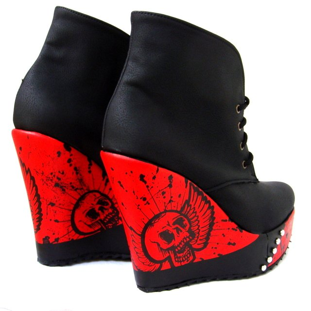 Wild Red Booties en internet