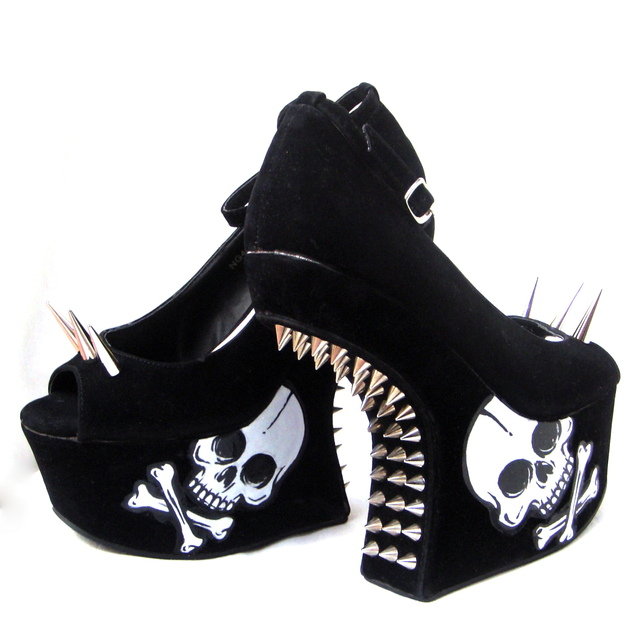 Mega Spikes Fetish Shoes - Gabbie Custom Art