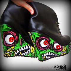 Pretty Creepy Booties - tienda online