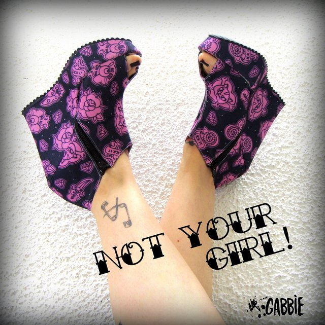 Not Your Girl! Black -Botinetas con Cierre - comprar online