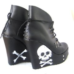 Skulls N' Pins Booties en internet