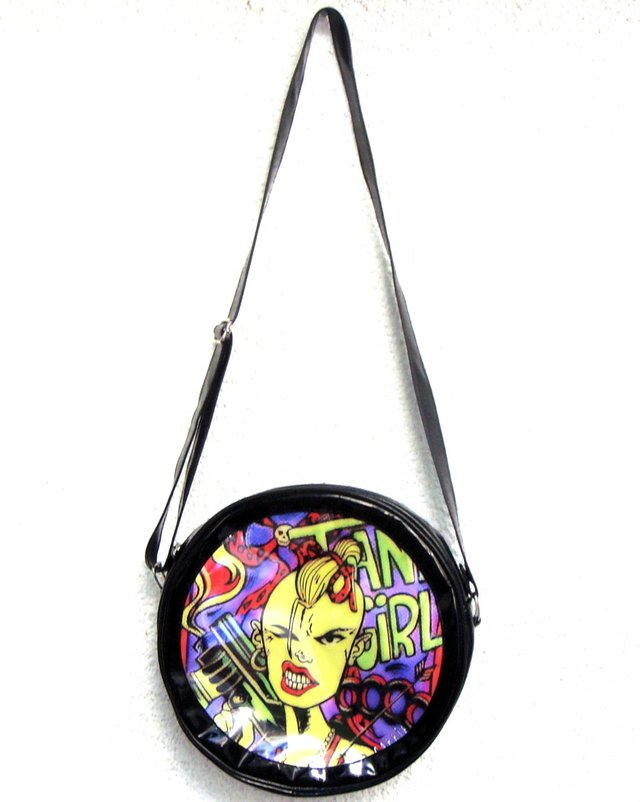Cartera Tank Girl en internet