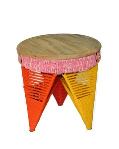 IT 18 - Banquito Albert Stool