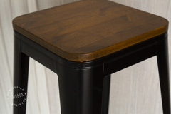 BANQUETA TOLIX NEGRA DARK WOOD  MC-012DW/N en internet