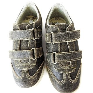 fe7630107 11805 - Infantil Masculino Sapatênis cinza envelhecido velcro Hobby em couro